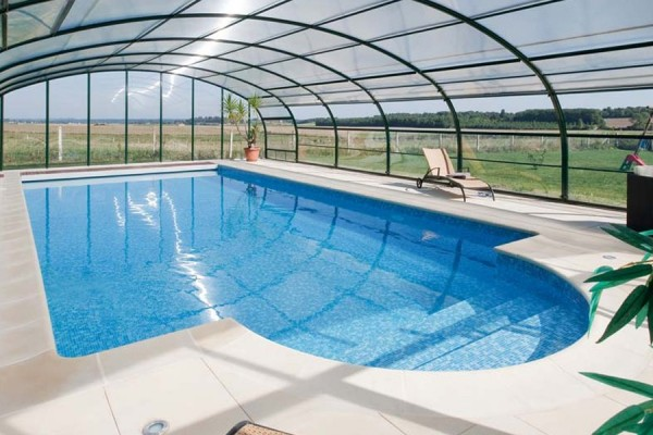 Keely this ones for you and tomindoor pooloutdoor pool for Big outdoor pool